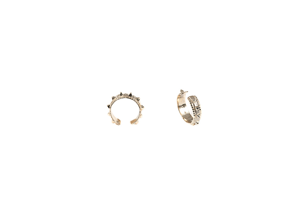 Open band studs ring