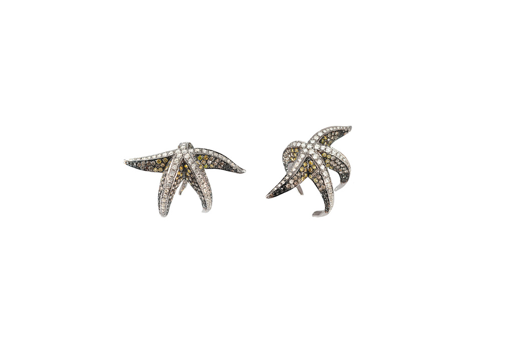 Star Fish gold ring with diamonds