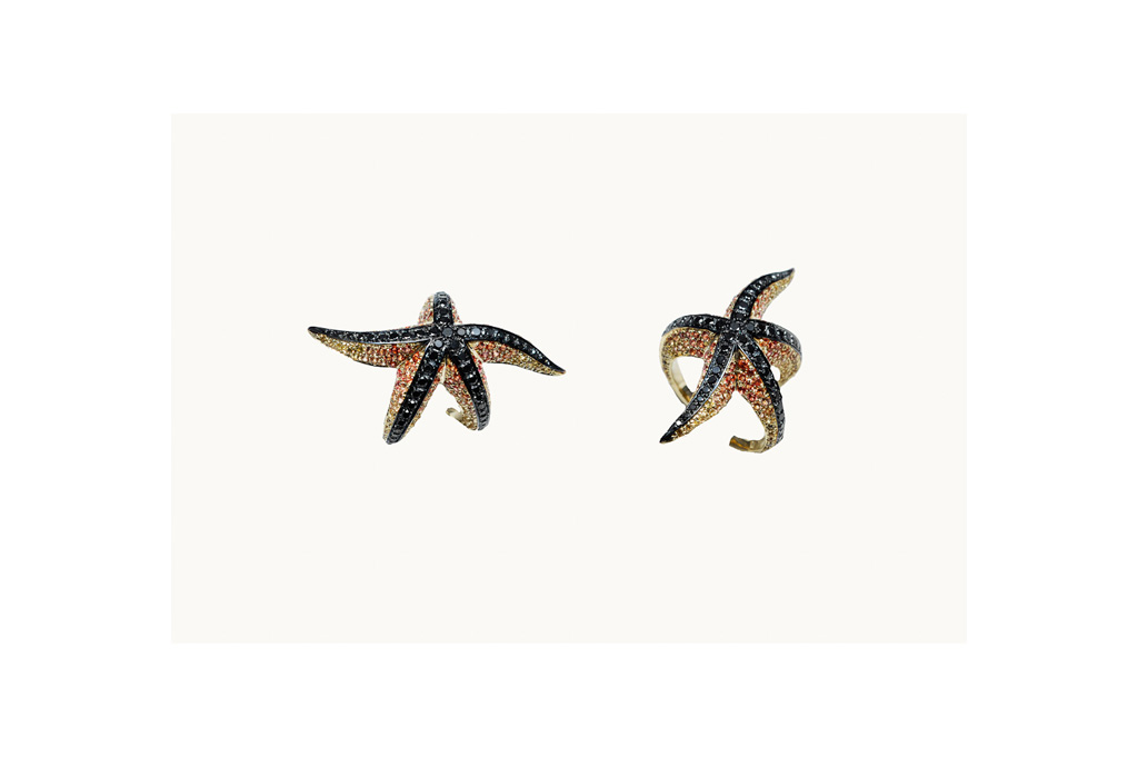 Star Fish gold ring with black diamonds and sapphires