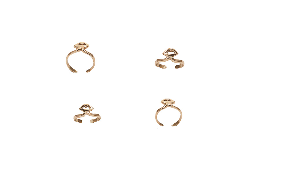 Gold midi ring with mouth – small / Gold midi ring with mouth – large