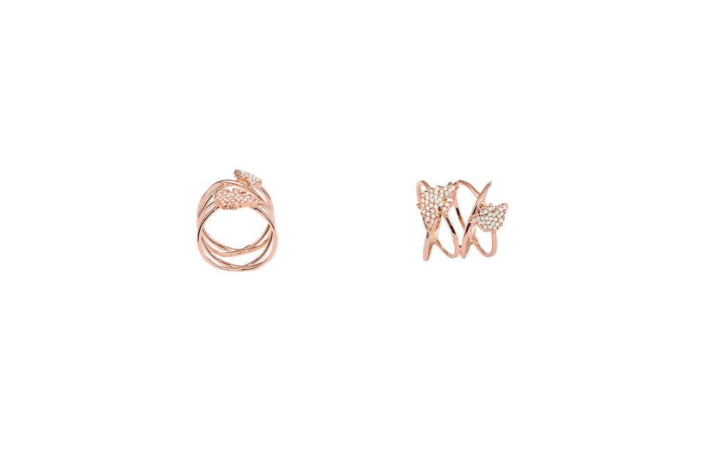 Criss cross pink gold ring with 2 pavé diamonds bats