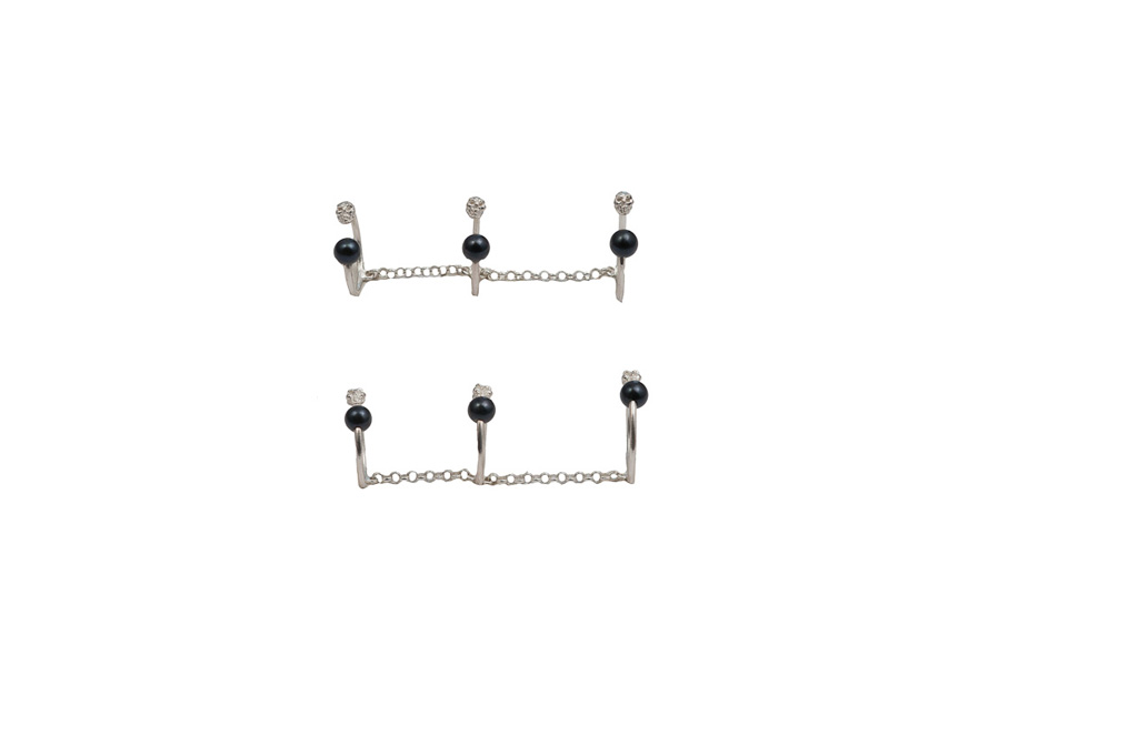 Bronze triple band ring with skulls and black  pearls