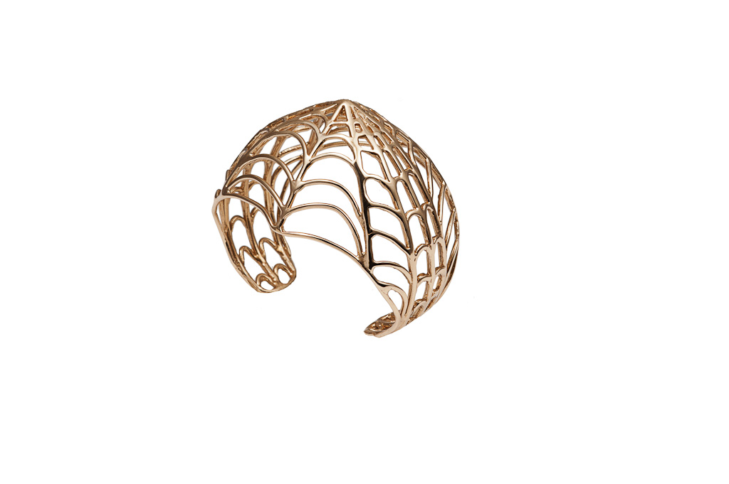 Bronze web dome cuff