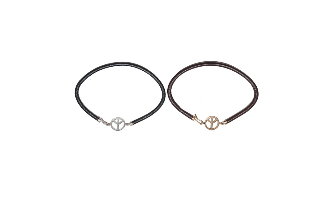 Bronze and leather light bracelet with peace symbol – man / Silver and leather light bracelet with peace symbol – man