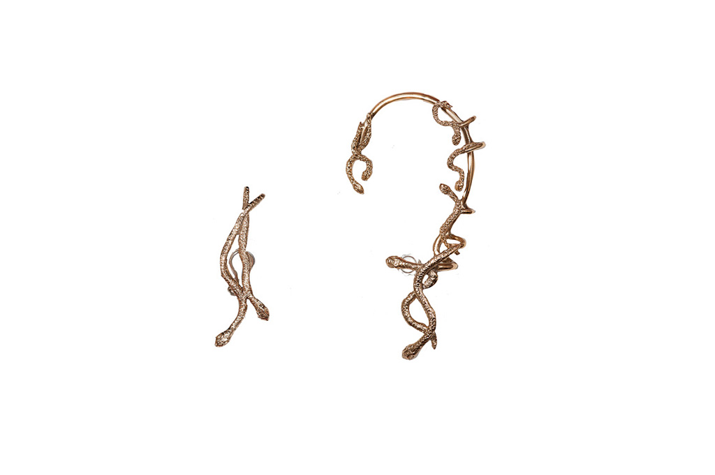Snakes bronze earcuff + 2 snakes