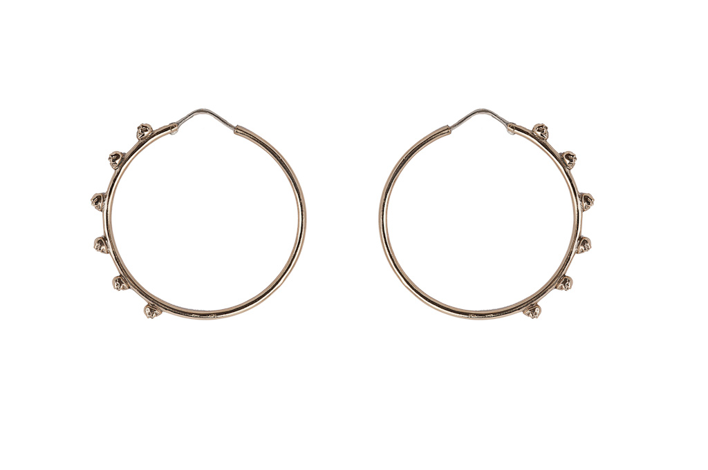 Bronze hoop earrings with skulls