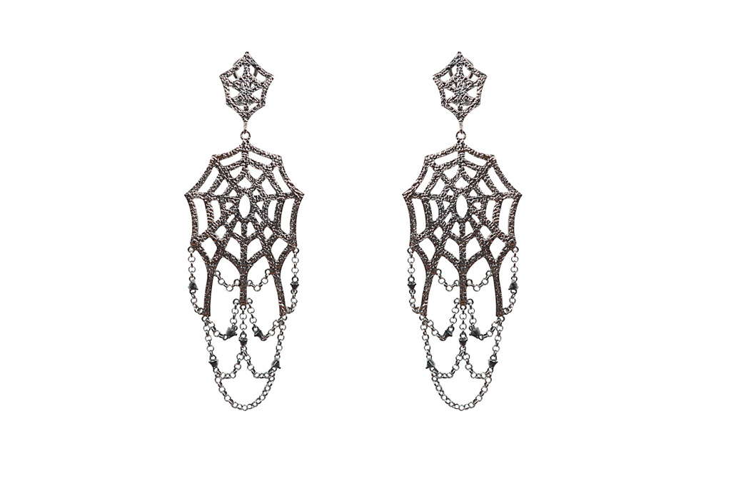 Giant web silver earrings with chains