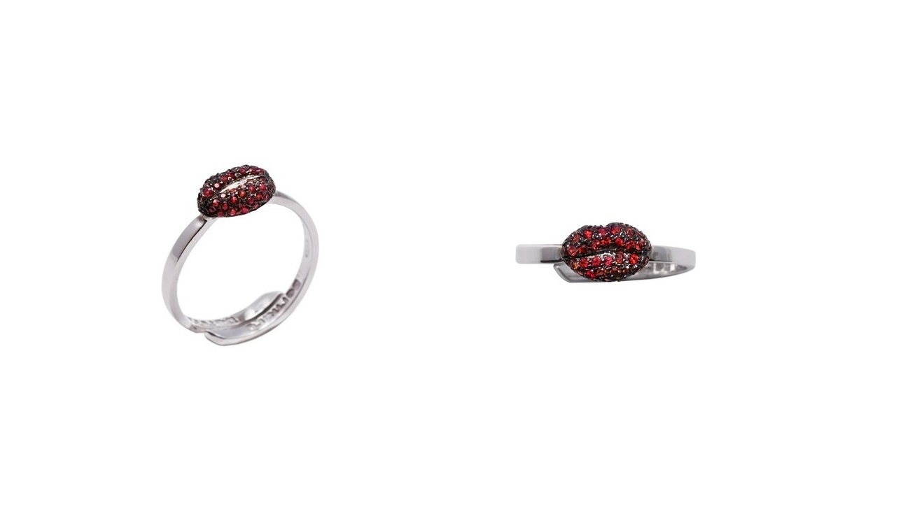 Mini lips gold band ring with pavé red sapphires