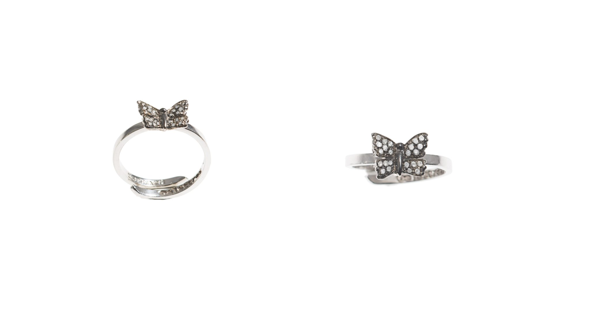 Mini buttefly gold band ring with pavé grey diamonds
