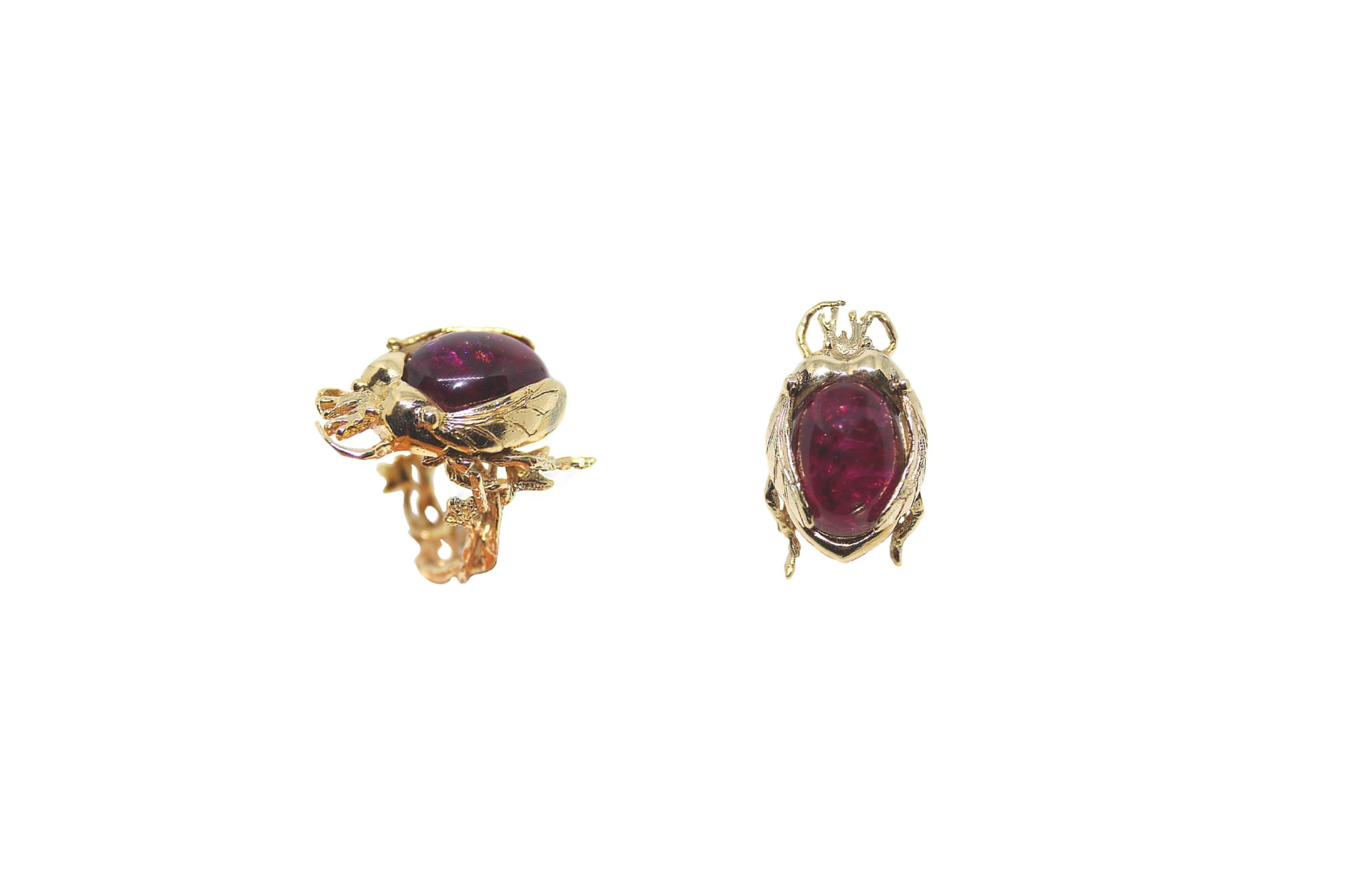 Gold scarab ring with red tourmaline cabochon