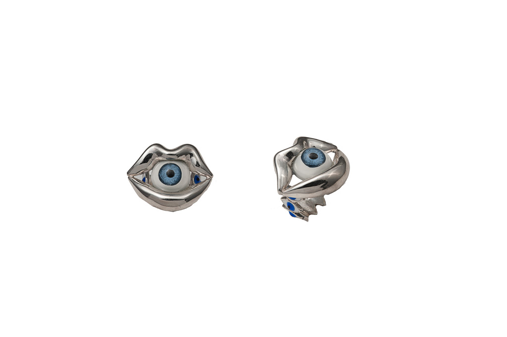 Silver mouth ring with eye