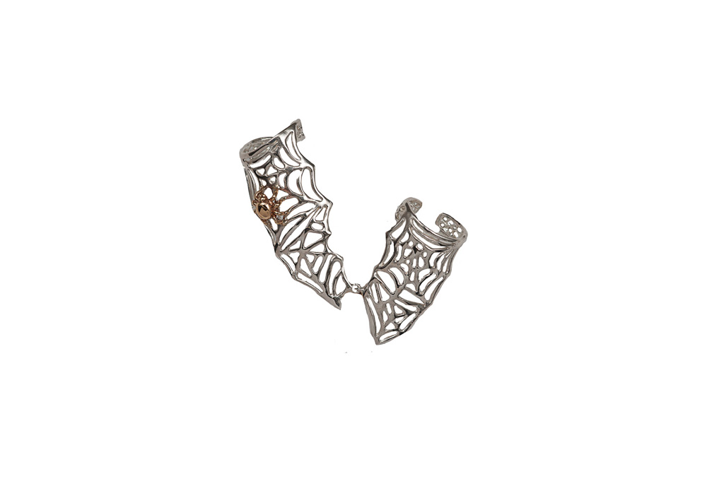 Thumb-forefinger ring with silver webs and bronze spider