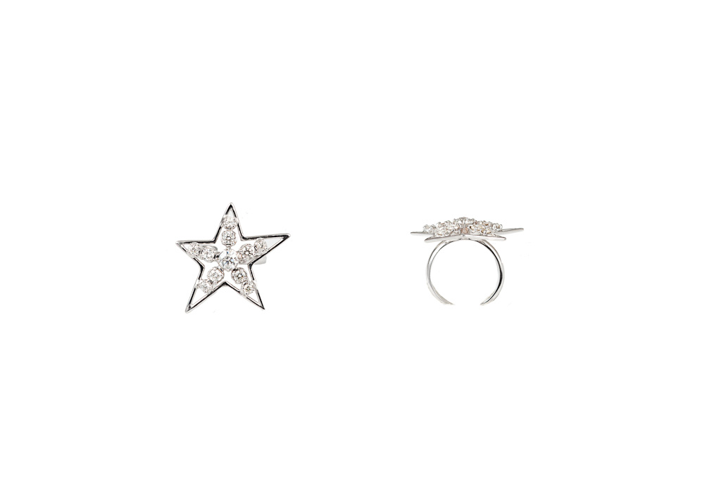 White star gold ring