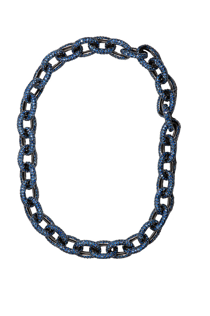 Silver chain mesh necklace with sapphires