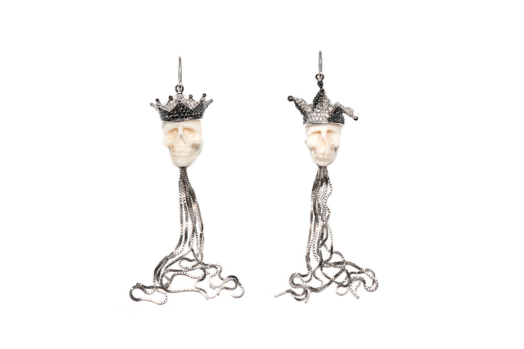 Coral gold jolly and crown earrings with chains