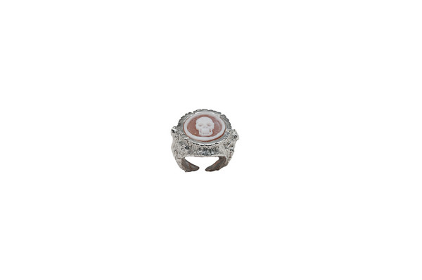 Treetrunk woman silver ring with cameo