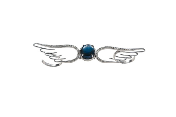 White gold double finger flying wings ring with star sapphire