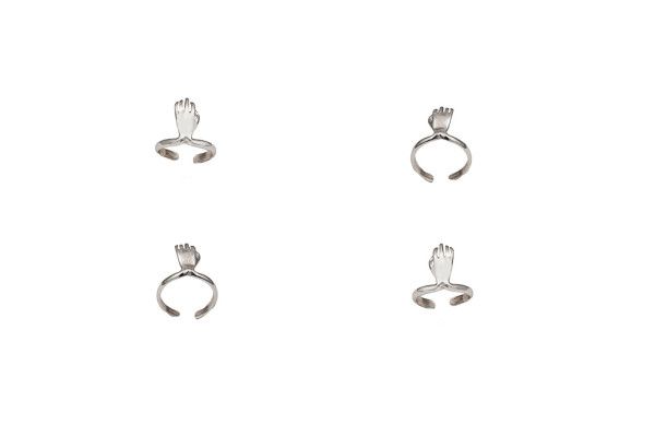 Silver midi ring with hand - dx/small / Silver midi ring with hand - sx/large
