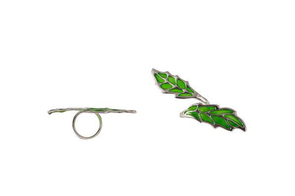 Silver long openwork leaf ring with enamel