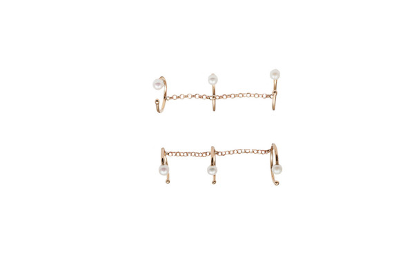 bronze triple band ring with chain and pearls