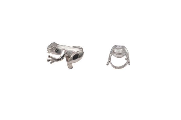 Silver angular frog ring