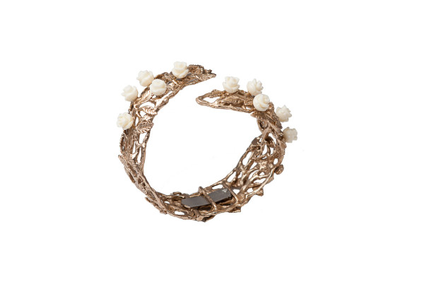 Bronze leafy cuff bracelet with white resin roses