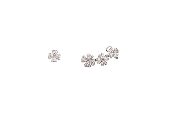 Earrings with pavé diamonds clover leaves 3 + 1