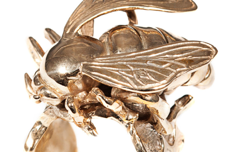 Bronze bee ring