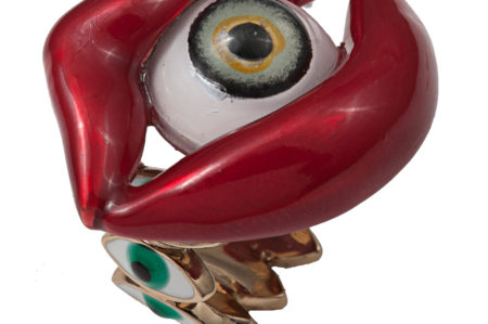 Bronze red mouth ring with eye