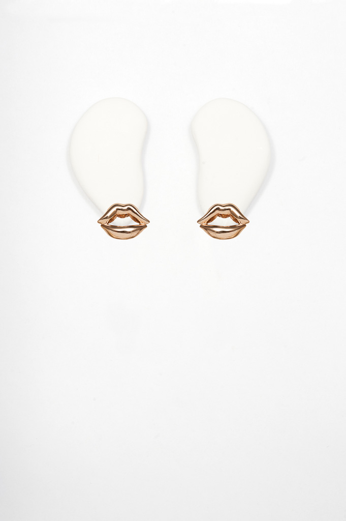 Bronze mouth earrings