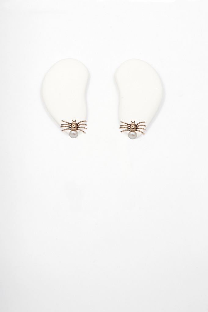 Bronze spider earrings with pearl